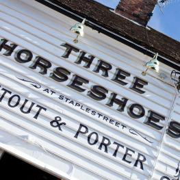 Three Horseshoes Faversham Signage