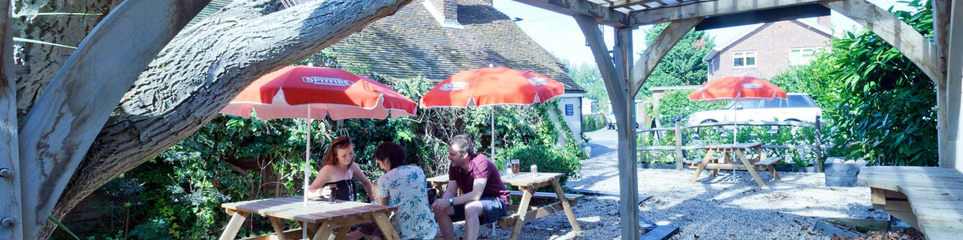 Three Horseshoes Faversham Beer Garden 2